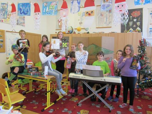 20141219 - Vánoční besídky ve všech třídách naší školy