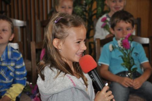 20140901 - Slavnostní zahájení školního roku a uvítání nových žáků první třídy na OÚ Zlechov