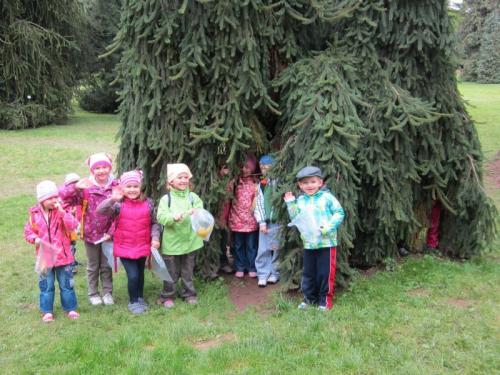 20130924 - Předškoláci v zámeckém parku