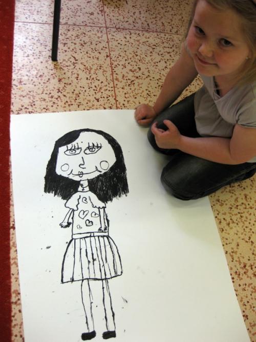 20110429 - Malujeme maminku ve školní družině