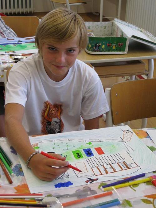 20090904 - Pátá třída výtvarně vzpomíná na prázdniny