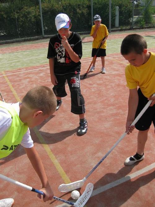Pořádali jsme florbalový turnaj školních družin